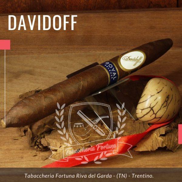 Royal ROYAL Salomones. La cura e l'attenzione poste nella realizzazione dei sigari Davidoff Royal Release è ai massimi livelli
