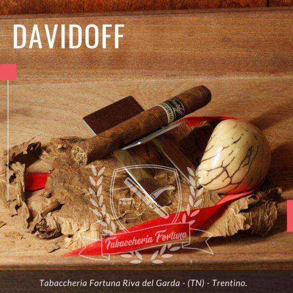 Davidoff Primeros Escurio se possiamosuggerire, con un Primeros by Davidoff fatto a mano.