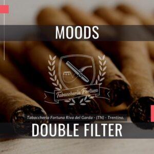I piacevoli sigaretti di marca Dannemann Moods Mini Double con filtro sono short-filler realizzati a macchina.