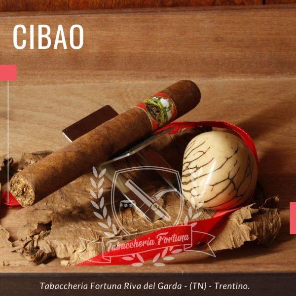 Cibao Corona. I sigari Cibao sono fatti a mano nella Repubblica Dominicana da Jose '(Jochi) Blanco.
