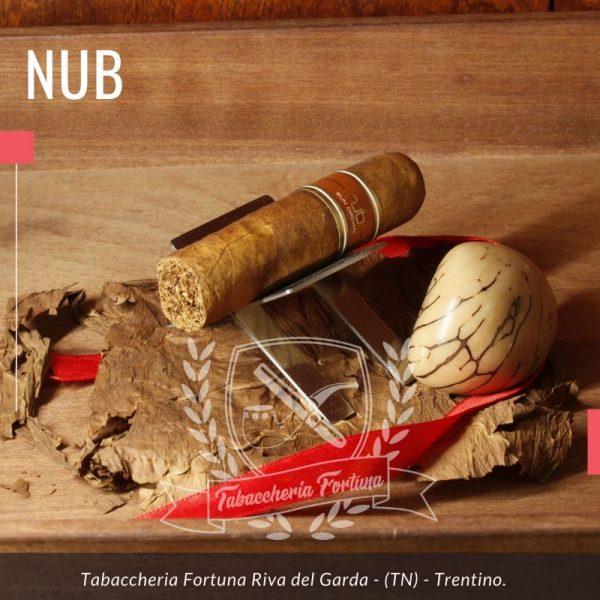 Nub è un sigaro nicaraguense e come tutti i Nub porta nel nome le proprie misure ovvero cepo 60 x 101 mm di lunghezza