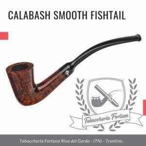 Questa particolare calabash rappresenta la pipa più piccola del portafoglio Peterson