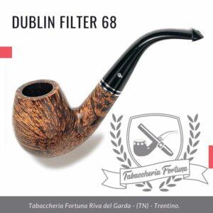 Dublin Filter 68 Peterson Lip. Una grande ciotola di brandy piegata, la forma 68 offre una grande camera da fumo