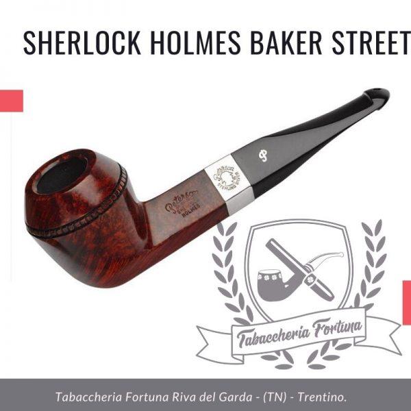Sherlock Holmes Baker StreetPeterson Lip Un impressionante bulldog a cupola dritta, 221B Baker Street era la casa del grande detective immaginario.