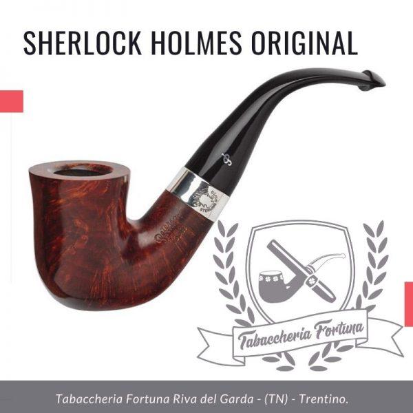 """La prima versione della collezione Sherlock Holmes, """"Original"""" è un grande Calabash piegato con un gambo robusto e un bocchino Peterson Lip completamente piegato."""